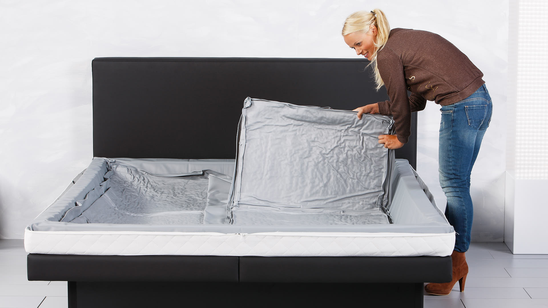 Wasserbett Luxus Thermotrennwand mittig platzieren